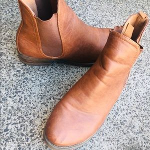 SPURR Brown Boots 🥾 | Size :10